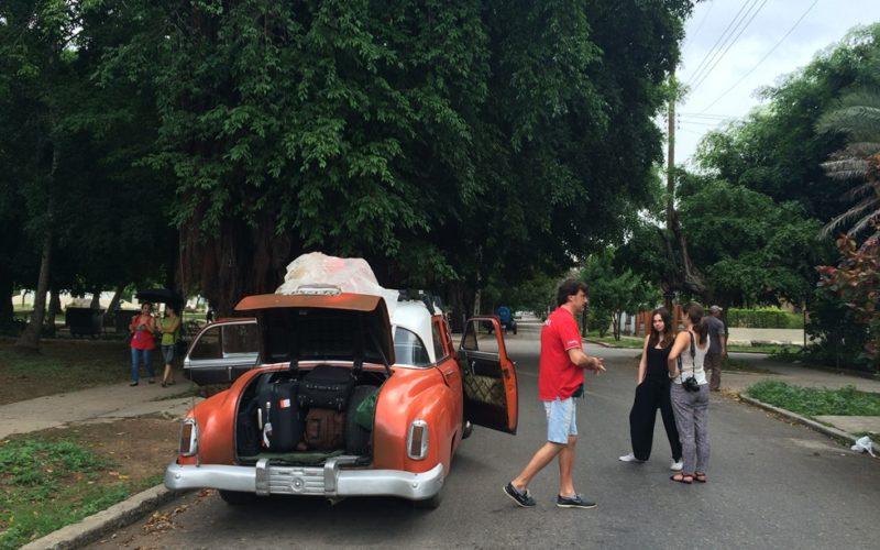17_prve_taxi_collectivo_do trinidadu