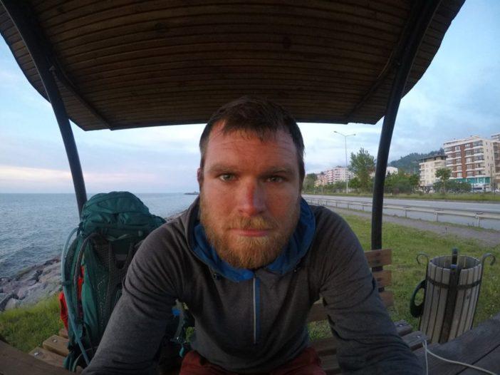 Tisíc kilometrov bez topánok do Gruzínska